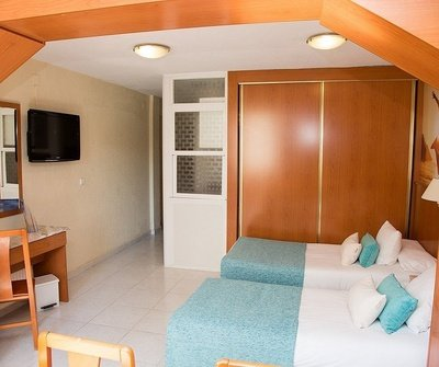 Appartement Supérieur (Étude + 1 Chambre + 1 Terrase) 6/6 Apartamentos Benidorm Celebrations™ Pool Party Resort (Adults Only)