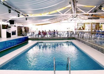 PISCINES Apartamentos Benidorm Celebrations™ Pool Party Resort (Adults Only)