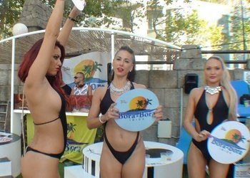 DJs + Gogos Appartements Benidorm Celebrations™ Pool Party Resort (Adults Only)