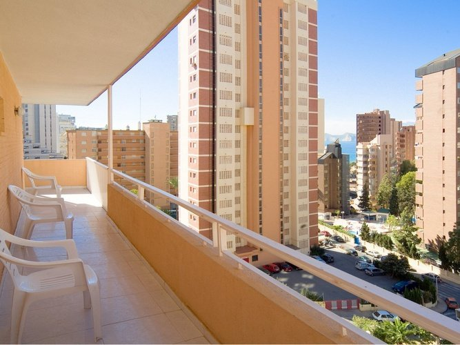 Terrasse appartements benidorm celebrations ™ music resort (adults only)